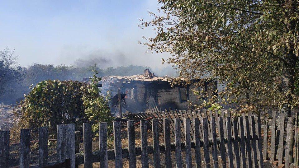 На Коростенщині згоріли 8 старих дерев'яних будівель, з яких 2 - житлові будинки