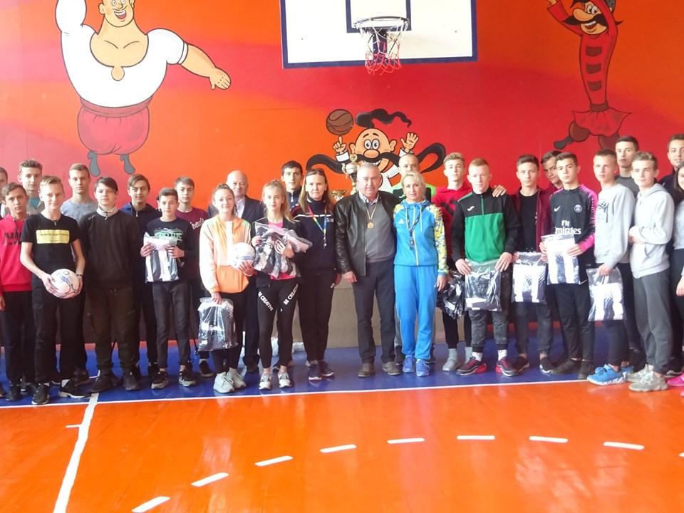 Володимир Арешонков привітав коростенських переможців обласних змагань з футзалу