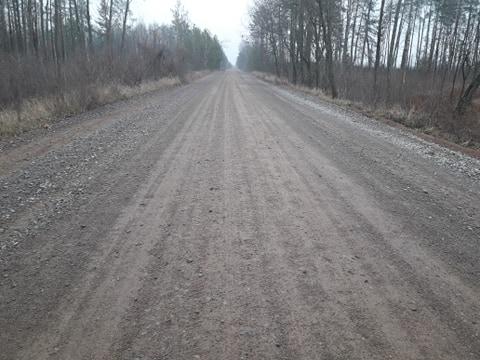На Коростенщині дороги підсипають відсівом