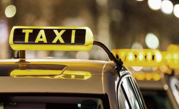 У Житомирській області пасажир напав на водія таксі