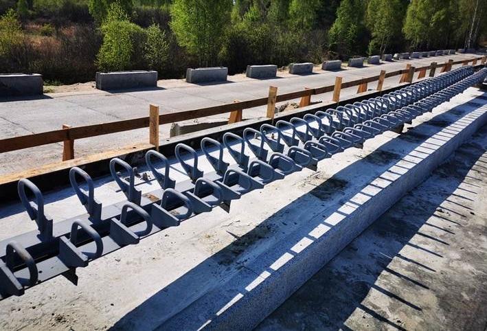Біля кордону з Білоруссю продовжують будівництво 79-метрового мосту