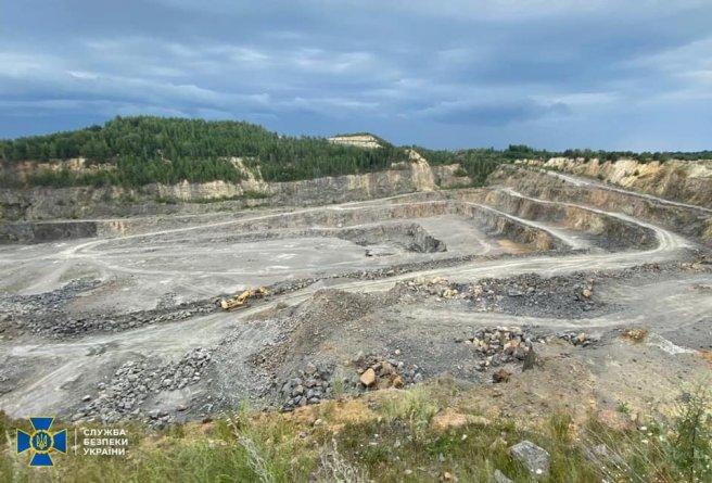 На Коростенщині нелегально видобули граніту на 12,5 млн грн